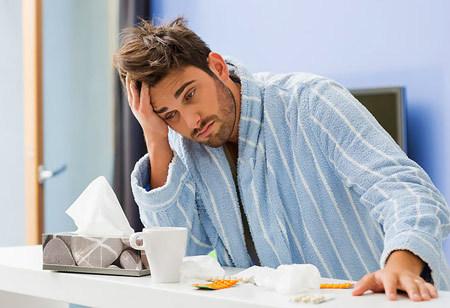 Мороженое при ангине: можно ли есть когда болит горло, помогает или нет