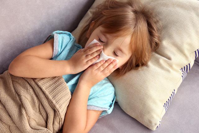 Полипы в носу у ребенка: как выглядят, симптомы и лечение