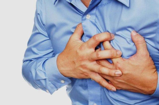 Кашель в положении лежа у взрослого: причины, диагностика и методы лечения