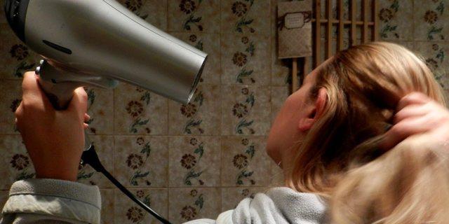 В ухо попала вода и заложило: что делать в домашних условиях