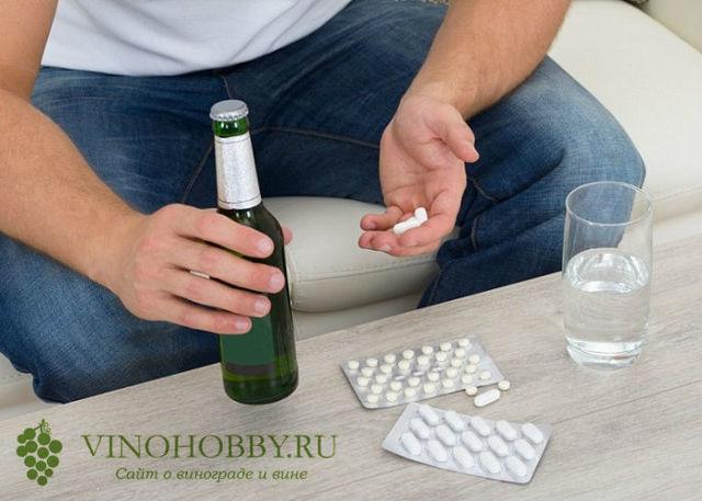 Горячее пиво от боли в горле: помогает ли, как лечить, рецепты