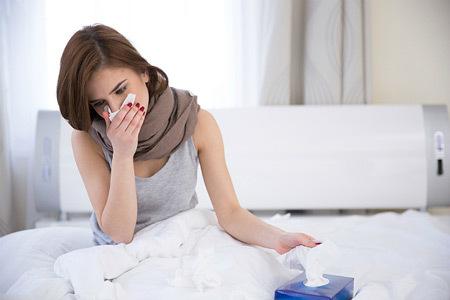 Ларингит вирусный: симптомы и лечение у детей и взрослых, как отличить от бактериального