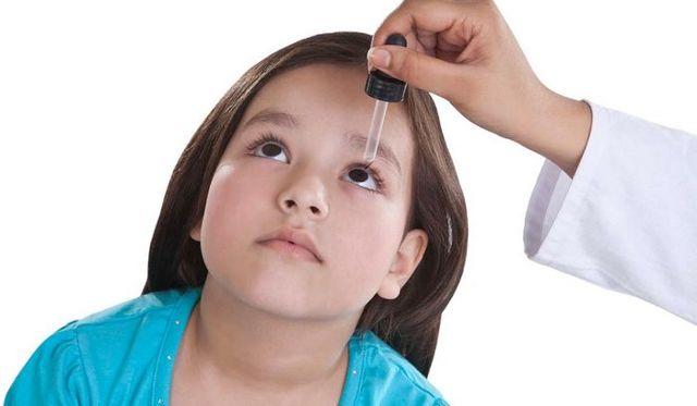 Можно ли Офтальмоферон капать в нос: как и когда использовать препарат?