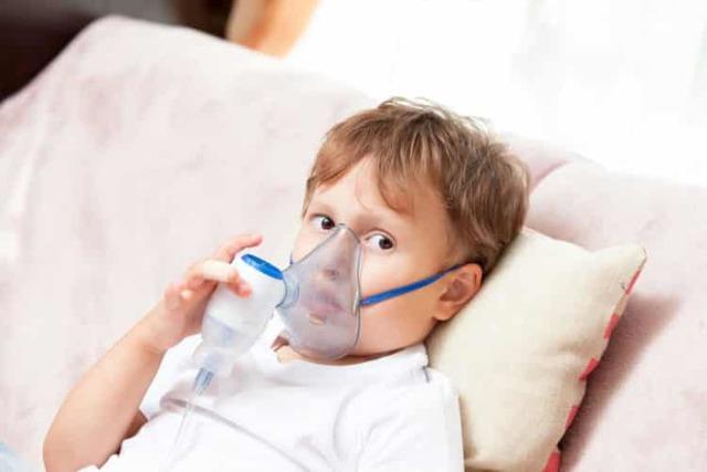 Ингаляции с «Нафтизином» и физраствором для детей и взрослых: дозировка