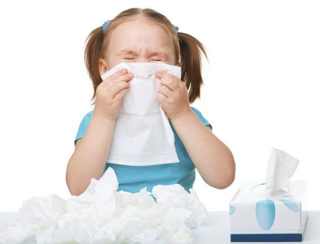У ребенка сопли в носоглотке и не высмаркиваются: как лечить внутренний насморк