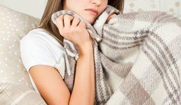 Можно ли йодом мазать горло при ангине: стоит ли делать сетку, противопоказания
