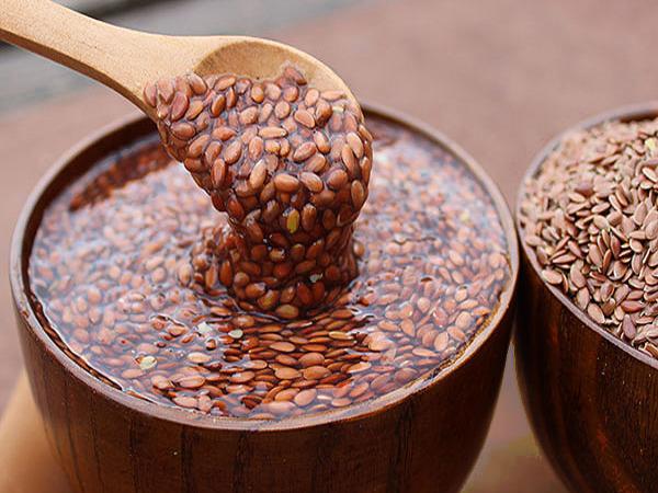 Кисель при гастрите: полезные свойства, рецепты лечебных напитков