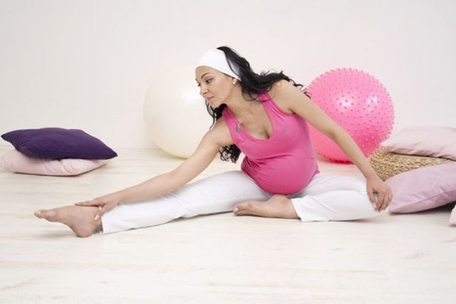 14 неделя беременности: что происходит с малышом, мамой, ощущения