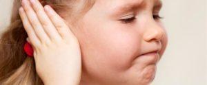 Кровь из ушей: причины, почему идет кровь из уха и первая помощь