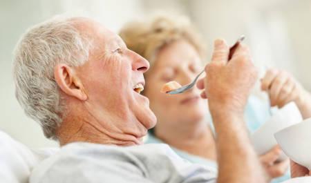 Спазм пищевода при остеохондрозе, на нервной почве: симптомы и лечение, как его снимать, причины. Симптомы кардиоспазма и диффузного спазма пищевода.